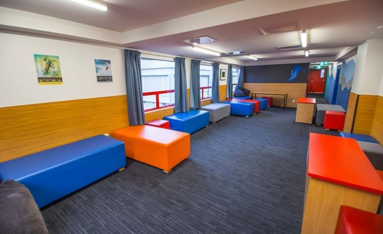YHA Auckland City communal common room extended
