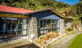 YHA Franz Josef exterior building of lounge