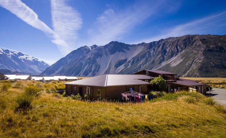 YHA Mt Cook exterior landscape and building