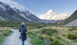 YHA Aoraki Mt Cook on the trail towards mt cook