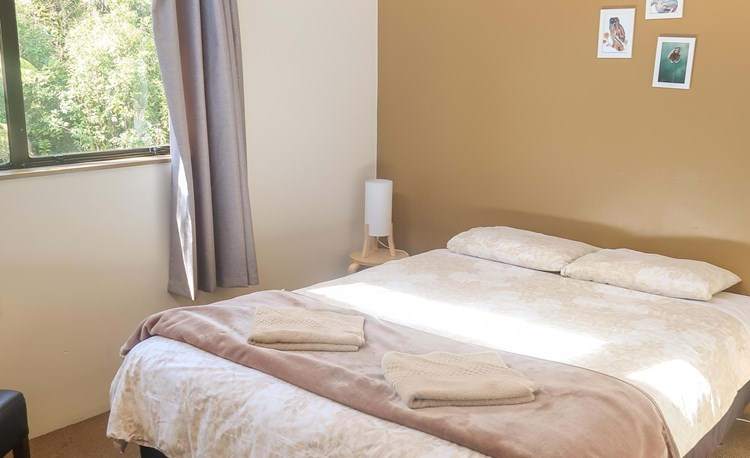 YHA Punakaiki bedroom